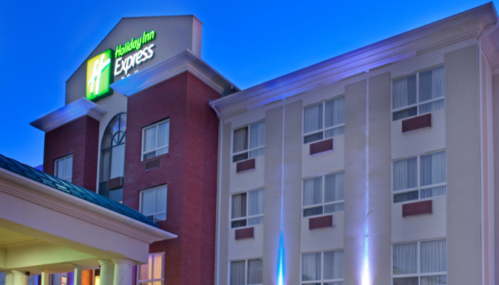 Holiday Inn Express & Suites Hotel in Edson, Alberta