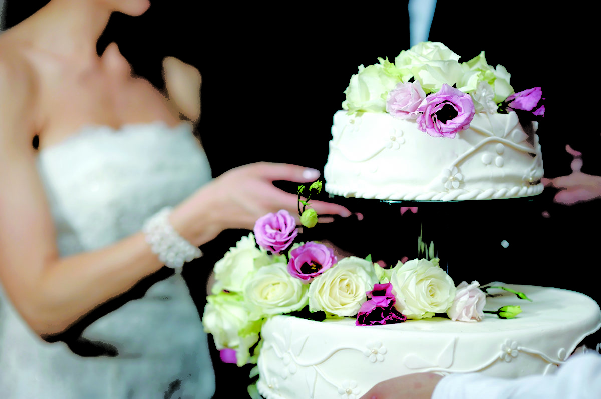 Wedding Cakes from Boulevard in Red Deer