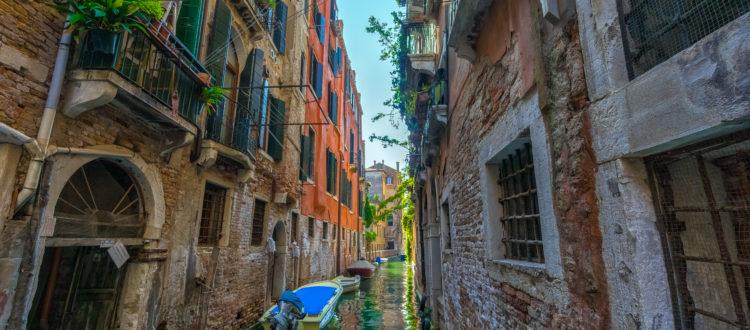 Taste of Italy - Boulevard Restaurant