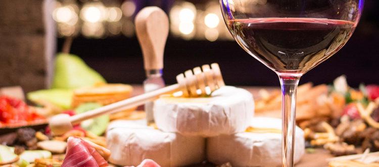 Eastern Canadian Cuisine - Taste - Boulevard Restaurant & Lounge